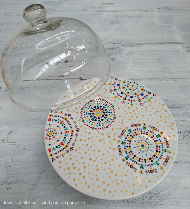Cake platter with dome | Jewels of all kind